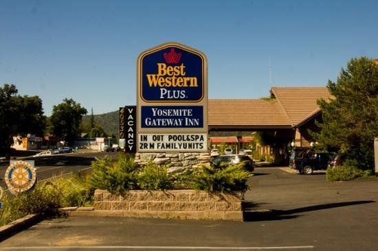 Best Western Plus Yosemite Gateway Inn: Eingang