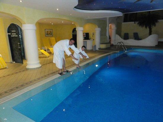 Norica: hotel swimming pool