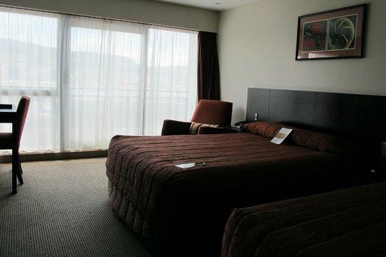 Copthorne Hotel Wellington Oriental Bay: Comfortable high-end room