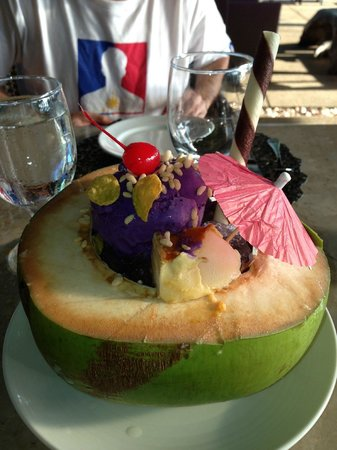 Amorita Resort: Halo-halo! Perfect for a hot day.
