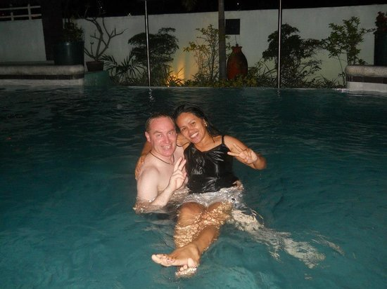 Shogun Suite Hotel : damian auksorius and chona padul just enjoying each others company