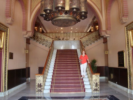 Cairo Marriott Hotel & Omar Khayyam Casino: Inside the Turkish palace part of the hotel - gorgeous!