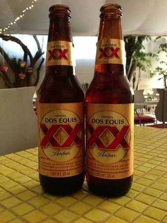 La Mata Tinta Tlaquepaque: Ask about specials - two for one Dos Equis on this occasion.