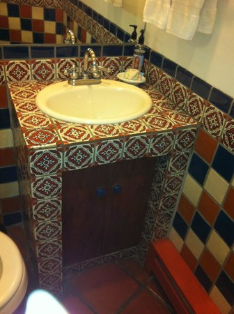 Santa Fe Motel & Inn: bathroom