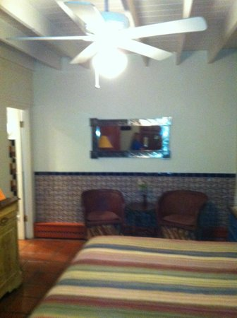 Santa Fe Motel and Inn: large room