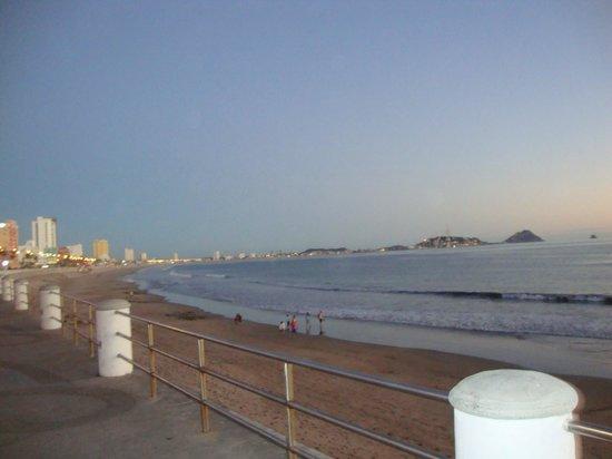 海洋宮殿海灘飯店照片