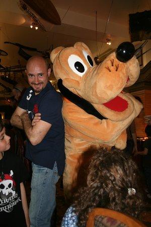 Disneyland Hotel: Pluto en el Inventions