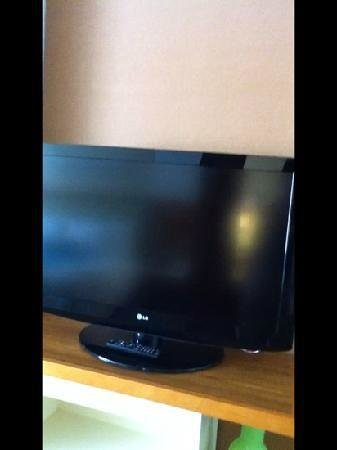 SpringHill Suites Huntsville Downtown: 42 inch TV in the room