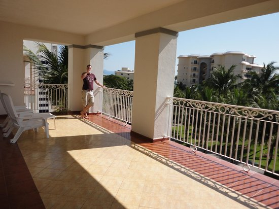 ClubHotel RIU Jalisco: our private balcony