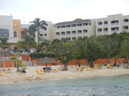 Iberostar Rose Hall Beach Hotel: view from the beach