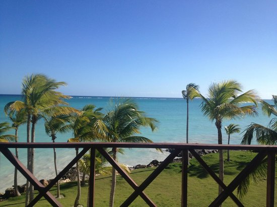 Sanctuary Cap Cana by AlSol: View from the Ocean Bar/Castle Pool