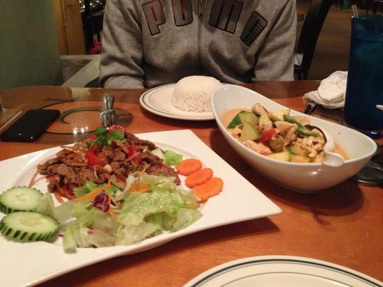 Siam Spice: tropical curry beef salad
