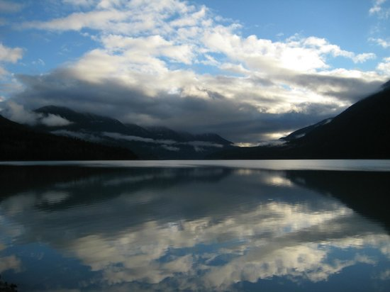 Lillooet Lake Lodge: Lillooet Lake