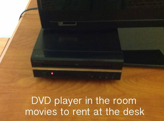 BEST WESTERN PLUS Marion Hotel : DVD player, movies available at the desk