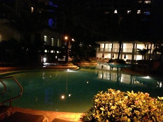 Sandpearl Resort: the pool at night