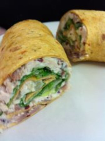 Green Elephant Cafe: Hawiian Chicken Luau Wrap Special