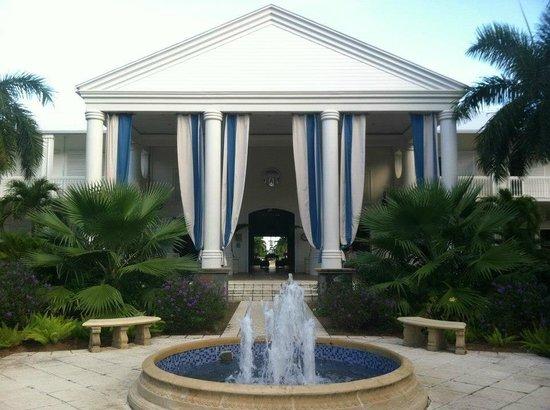 Hotel Riu Palace St Martin: Hotel entrance