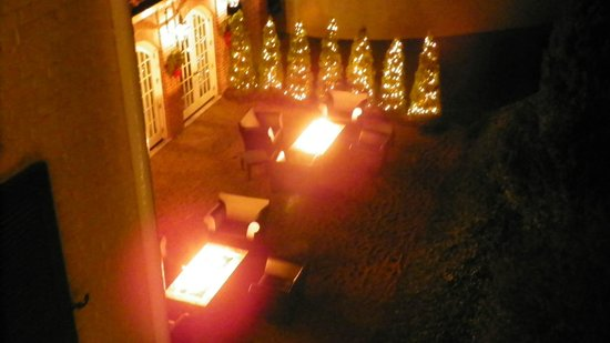 The Inn at Willow Grove: Fire pits of the restaurant down stairs from the private second story porch of the Master Suite