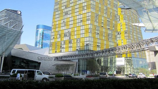 Aria Hotel & Casino: Front of Hotel