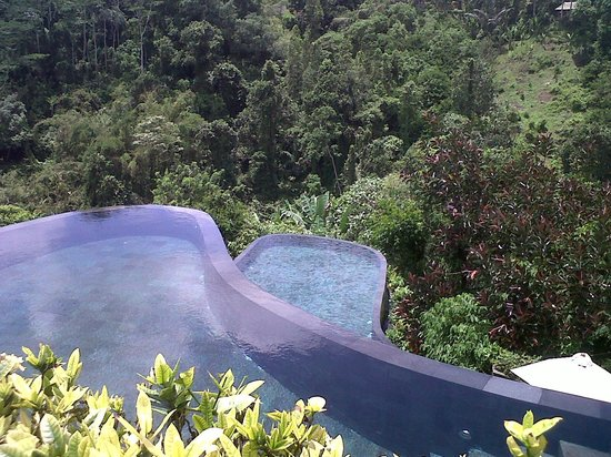Hanging Gardens of Bali: nice pool view