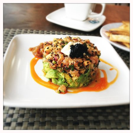 Azul Marino: Amazing fish tartare