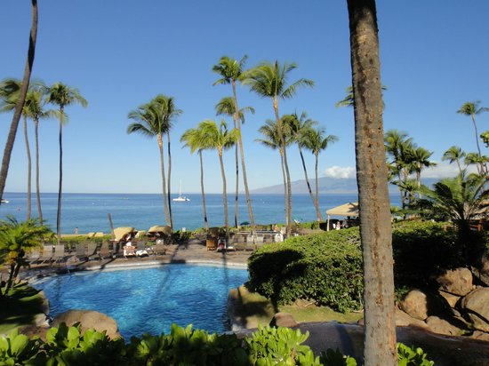 The Westin Maui Resort & Spa, Ka'anapali: Kaanapali Beach and lower pool
