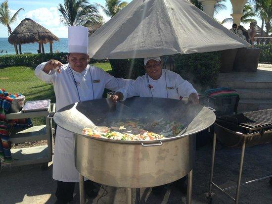Secrets Capri Riviera Cancun: Food prep for the Pool side Grill