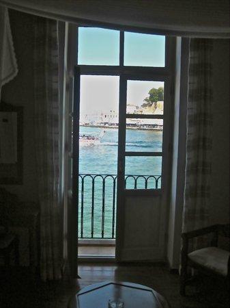 Amphora Hotel: Room 11