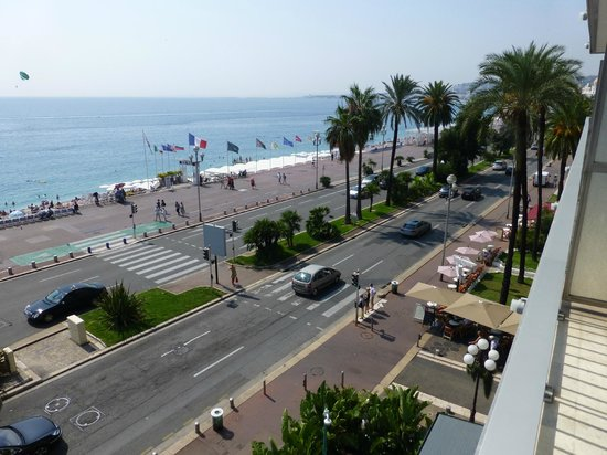 Mercure Nice Promenade des Anglais: Nice beach
