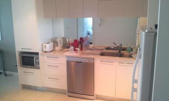 Silvershore Apartments on the Broadwater: Great kitchen