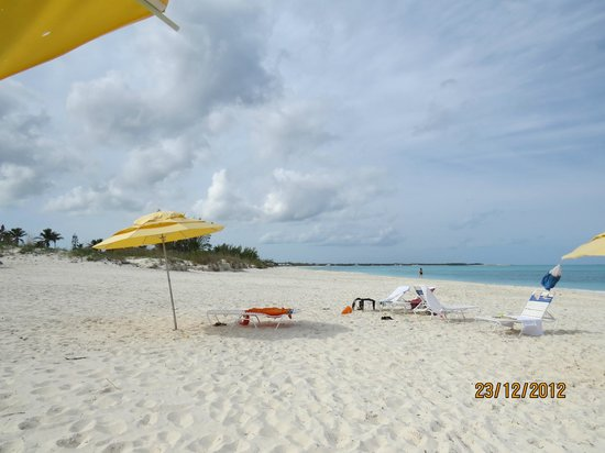 Treasure Cay Beach, Marina & Golf Resort: white sand beach