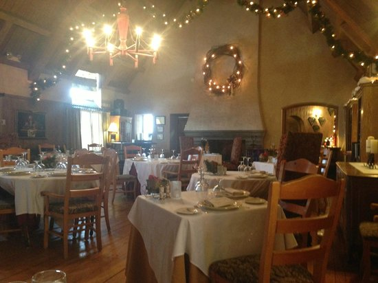 The French Manor Inn and Spa: dining room where you eat dinner/breakfast