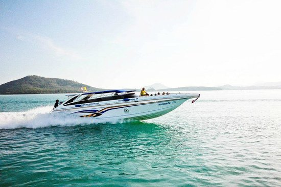 Phang Nga Eco Tour: The speedboat