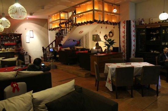 Cafe Nissi 3