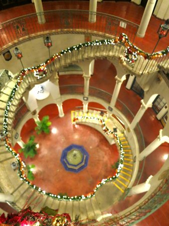 The Mission Inn Hotel and Spa: View of the main stair case