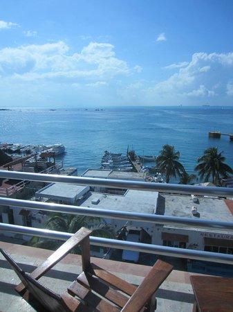 Hotel Bahia Chac Chi: View toward Cancun