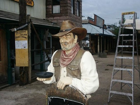 Downtown Williams Historic Walk: old west feel