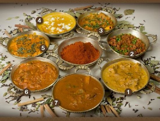 New Delhi Restaurant : CURRIES: Chicken Korma, Keema Mattar, Lamb/Chicken Vindaloo, Murg Akbari, Chicken Tikka Masala