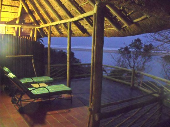 Umngazi River Bungalows & Spa: View from Honeymoon Suite