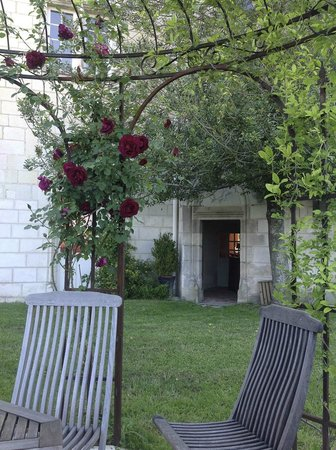 Chateau de la Motte: Quiet place to have a drink & relax with a glorious view