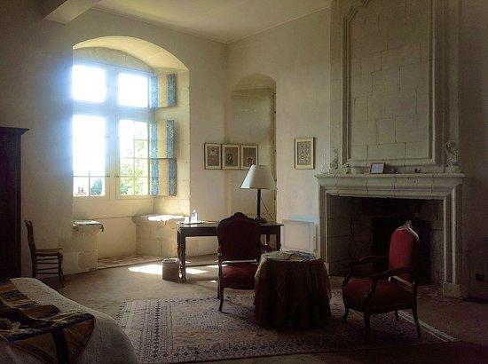 Chateau de la Motte: This is our bedroom. It was the junior suite.