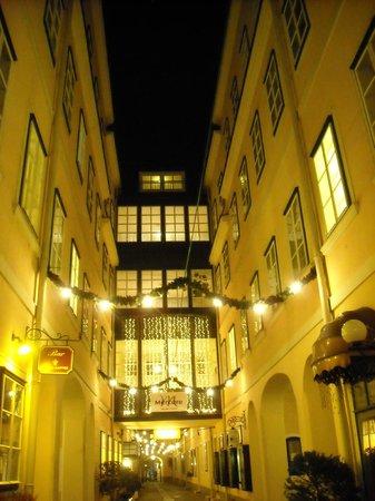 Mercure Grand Hotel Biedermeier Wien: Main building