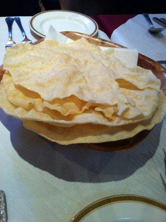 Maisha Restaurant: Pappad for starters