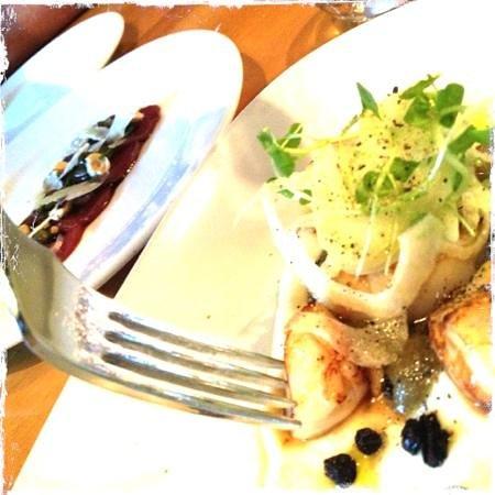 de Burgh's Bistro @ Hotel d'Urville: scallops
