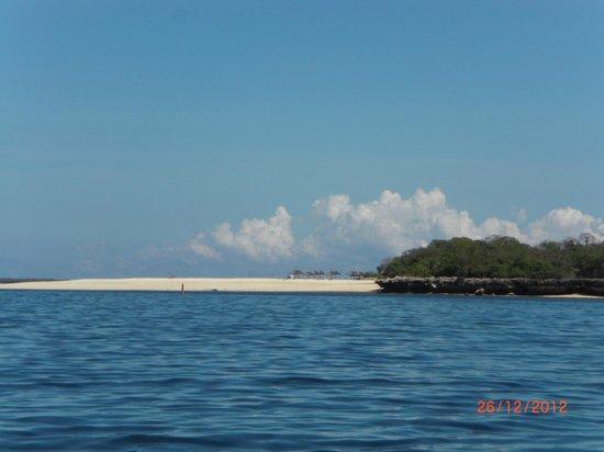 Best Western Coral Beach Hotel: island