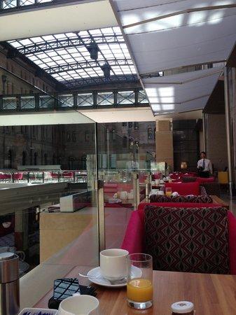 The Westin Sydney: Breakfast at Mosaic Restaurant 