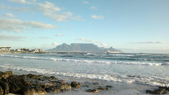 Bloubergstrand Beach: best photo of the mountain