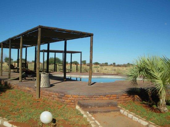Kalahari Anib Lodge: One of the two pools