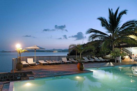 Bandrelé, Mayotte: Vue de la piscine
