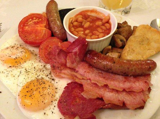 Castle Hill Farm House: My wonderful sumptous breakfast !!